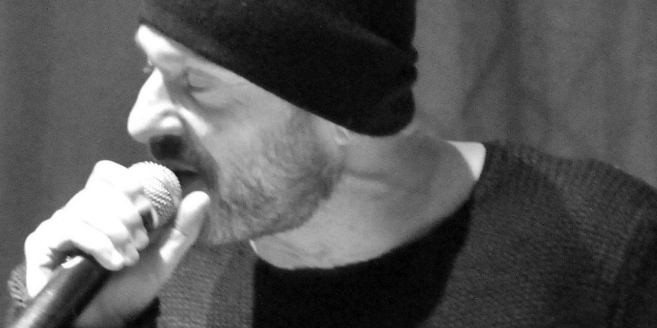 """""""Nzisti tu resisti"""". Gli Almamegretta tra World Music e identità territoriale"""